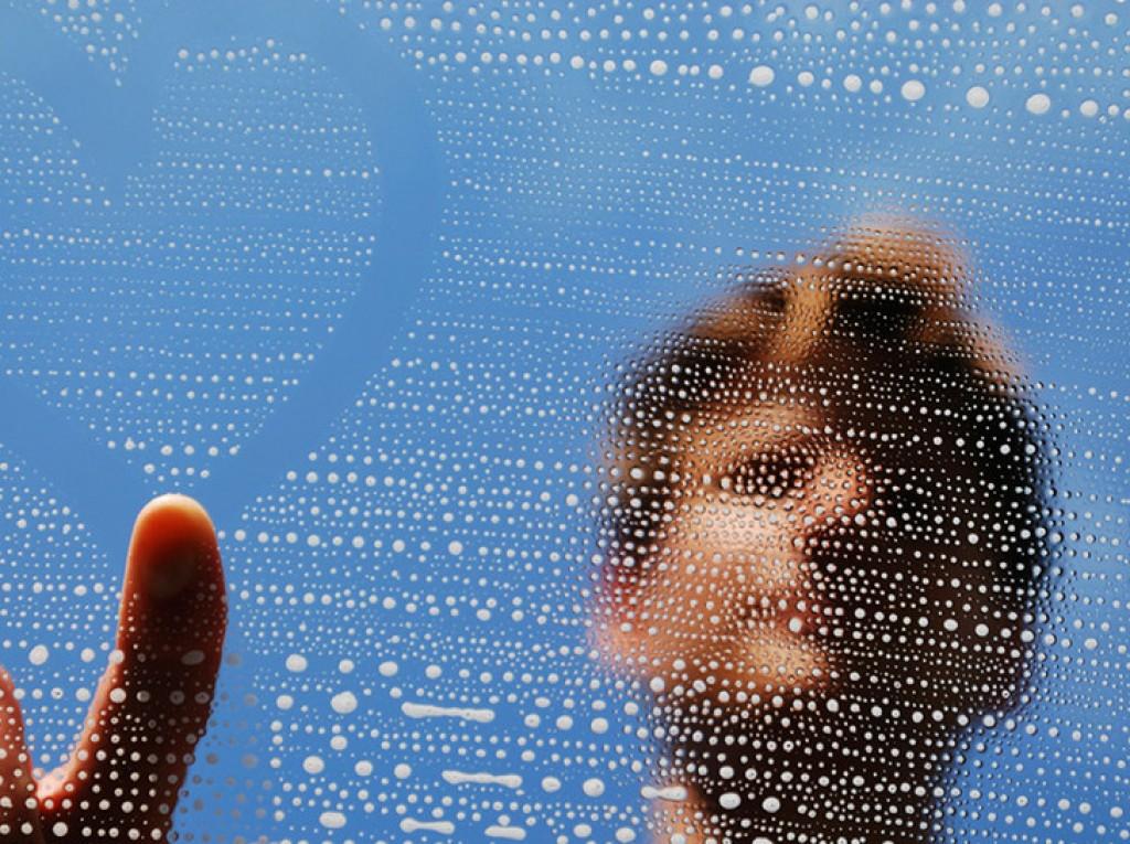 Como lavar eficazmente os vidros? 5 dicas para a limpeza dos vidros